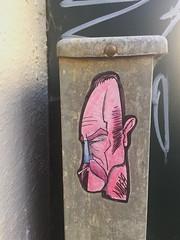 Nute (svennevenn) Tags: nute pasteups viceroynute bergen gatekunst streetart