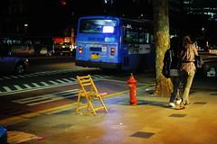 2130/1757 (june1777) Tags: snap street seoul night light bokeh canon eos 5d leitz leica summicron r 50mm f2 3200 clear