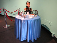 2019 Audrey Hepburn as Holly Golightly in Wax 3835 (Brechtbug) Tags: 2019 brad pitt sidewalk wax display madame tussauds 42nd street midtown manhattan museum nyc 10022019 october sometimes vampire new york city museums public royal uk england brit britain british tussaud s mannequin mannequins dummies dummy interview with