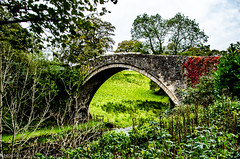 Brig o' Doon (BGDL) Tags: lightroomcc nikond7000 bgdl landscape nikkor18105mm3556g urban alloway bridge brigodoon old week40 weeklytheme flickrlounge