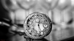 #Clock - 7492 (✵ΨᗩSᗰIᘉᗴ HᗴᘉS✵85 000 000 THXS) Tags: time clock old antique blackandwhite noiretblanc monochrome belgium europa aaa namuroise look photo friends be yasminehens interest eu fr party greatphotographers lanamuroise flickering canon canoneos7dmarkii