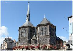 31.Eglise Ste Catherine : les chœurs de chque nef (philippedaniele) Tags: honfleur 14 calvados normandie église saintecatherine nef clocher charpente bois essentage essente bardeaux