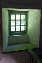 _DSC0439.jpg (Stephen.Bingham) Tags: wales museumofwelshlife creativecommons attributionsharealike window ccbysa stfagansnationalmuseumofhistory cardiff