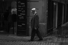 Hombre con sombrero (dorieo21) Tags: streetphotography streets mna male homme hombre uomo mann portrait retrato ritratto