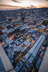 Icone - 2019 - Rooftop (FelixShots_) Tags: montreal mtl mission rooftop rooftopping roof rokinon 14mm 2019 nightphotography night canada city canon sunset