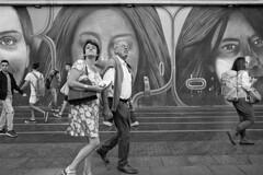 Street Photo 1909_007 (c a r a p i e s) Tags: carapies cityscapes 2019 españa madrid granvia nikonf100 35mm film pelicula analogico ilford ilfordhp5 bw blackwhite blancoynegro fotografiaurbana urban urbanphotography urbanidad urbvanity urbanphoto streetphoto streetlife streetphotography