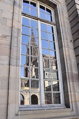 The reflection of the Notre Dame in Strasbourg (Tommysfotografie) Tags: old alt historical history architecture amazing beautiful framephotography framepicture framephoto framed frame raam fenster window reflectionphotography reflectionphoto reflectionshot reflectionperfection citywalk daytrip elsas elsace flickr behindthelens bluesky cityphotography stadt city français frankrijk frankreich france strasbourg strasburg kirche kirk kerk iglesias kathedrale church dom cathedrale cathedral notredame