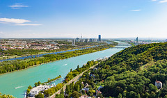 Vienna and the mighty Danube (Gorky1985) Tags: vienna wien austria danube donau water wasser colors landscape landschaft panorama fluss river city woods ship boat sky nikon nikkor 18105 d5300 goran cosic forest herbst