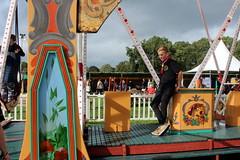 Keeping an eye on things (Davydutchy) Tags: nijhoarne nieuwehorne fryslân friesland frisia frise nederland niederlande netherlands paysbas holland flaeijel flaeijelfeest flaeijelfestival feast festival village dorpsfeest kermis funfair fair kirmes výstaviště rummel rummelplatz merke airswing swings schommel luchtschommel schaukel luftschaukel houpačka balançoire teen boy september 2019