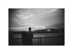 *In the twilight. (niko**) Tags: konica hexarrf canon50mmf095 kodak tmax400 135 35mm filmphotography yokohama