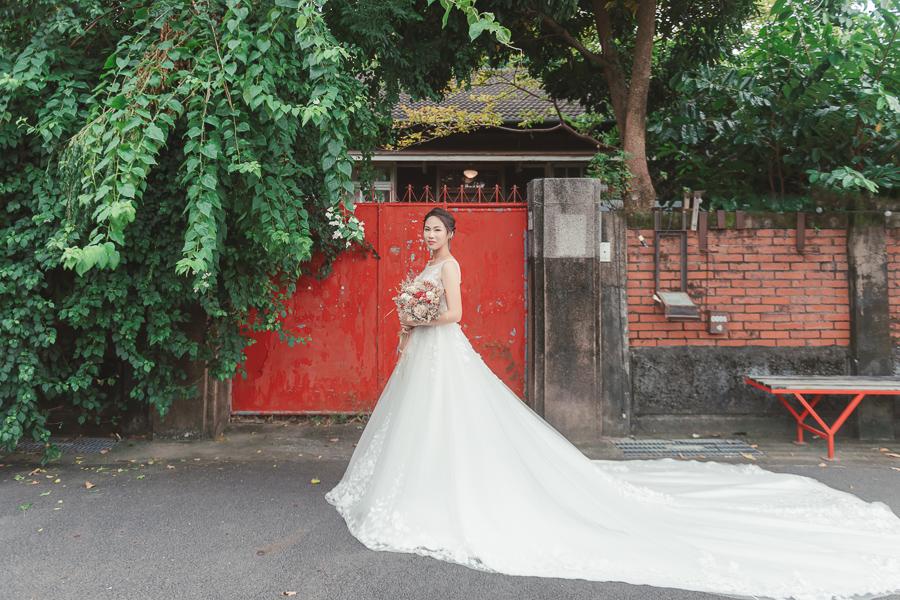 48836499723 cdd76299dc o [自助婚紗] X&S/ 伊樂手工婚紗