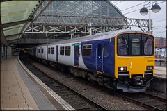 Northern 150127 (Mike McNiven) Tags: arriva railnorth northern dmu diesel multipleunit sprinter manchester manchesterpiccadilly piccadilly buxton greatwestern railway fgw gwr