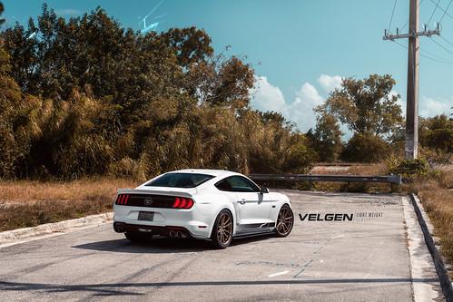 Mustang Gt Velgen Wheels Light Weight Series Vf5 Gloss