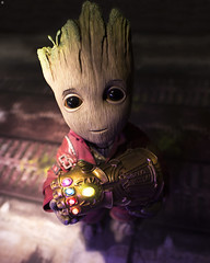 I found this Gauntlet (Jezbags) Tags: i found this gauntlet groot babygroot guardiansofthegalaxy canon canon80d 80d 100mm macro macrophotography macrodreams hottoys toy toys toyphotography infinitygauntlet infinitywar avengers