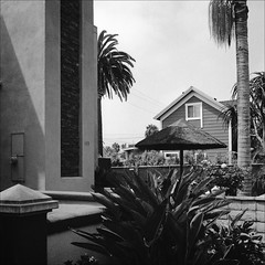 Oceanside (westkauai) Tags: oceanside california square normallens 75mmlens rolleiflex mxevs rolleiflexmxevs blackandwhitefilm jchstreetpan400 streetpantime bw viewedfromthesidewalk