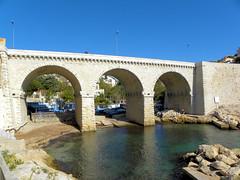 DSCN0098 (alainazer) Tags: marseille provence france eau acqua water mer mare sea sky ciel cielo pont bridge city citta ville