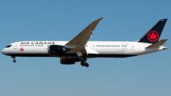 Air Canada Boeing 787-9 C-FVNF (StephenG88) Tags: londonheathrowairport heathrow lhr egll 27r 27l 9r 9l boeing airbus august26th2019 26819 myrtleavenue 787 789 7879 dreamliner aircanada aca ac new colours livery cfvnf