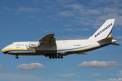 Antonov An-124-100  Antonov Design Bureau // UR-82029 (Luc_slf) Tags: antonov antonovdesignbureau an124 an ur82029 an124lover aéronautique aeronaitics aeroporttoulouseblagnac aeroport avion aeronautics airport aviation blagnac canon2000d canon toulouseairport toulouse toulouseblagnac tls