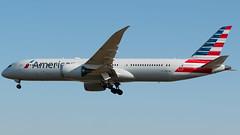 American Airlines Boeing 787-9 N835AN (StephenG88) Tags: londonheathrowairport heathrow lhr egll 27r 27l 9r 9l boeing airbus august26th2019 26819 myrtleavenue 787 789 7879 dreamliner americanairlines american aal aa n835an