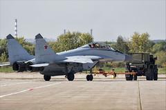 Mikoyan MiG-29M2 - 02 (NickJ 1972) Tags: aviation airshow mikoyan maks mig29 2019 zhukovsky blue 747 fulcrum