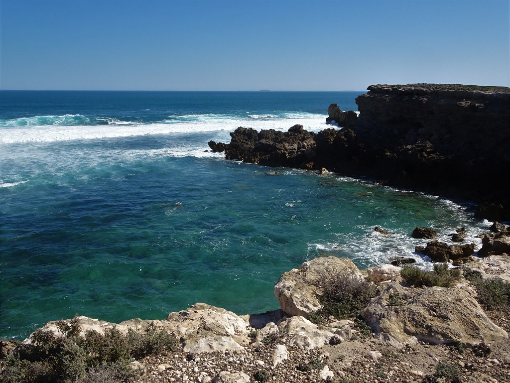 Elliston Eyre Peninsula. Beautiful cliffs and ocean views at the edge of the town.