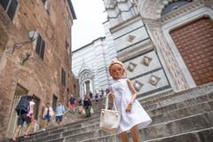 Italian Holiday of Honey Linden 38 (toriasoll) Tags: italy tuscany bjd abjd doll dollphotography fairyland minifee minifeechloe mnf mnfchloe chloetan fairylandbjd dollfairyland