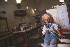 Italian Holiday of Honey Linden 12 (toriasoll) Tags: italy tuscany bjd abjd doll dollphotography fairyland minifee minifeechloe mnf mnfchloe chloetan fairylandbjd dollfairyland