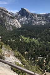 #Yosemite #California #NationalPark  #June2019 (Σταύρος) Tags: yosemite california nationalpark june2019 upperfallstrail park bigmouth yosemitenationalpark ahwahnee theview upperyosemitefallstrail yosemitepark