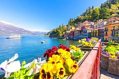 Vẻ đẹp ngôi làng Varenna bên hồ Como nước Ý (quynhchi19102016) Tags: ve may bay gia re di italia