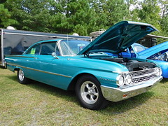 1961 Ford Starliner (splattergraphics) Tags: 1961 ford starliner galaxie carshow us13dragway delmarde
