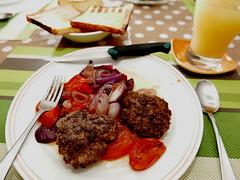 another burger meal (DOLCEVITALUX) Tags: hamburger lumixlx100 panasoniclumixlx100 panasoniccameras meal food