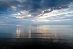 20190608 - 212922 - IMG_6890 - 7D (Susanne & Henrik Dunér) Tags: sky cielo nebo céu himmel ciel tiānkōng sama cloud nube oblako nuvem wolke nuage yún ghym moln blue blå