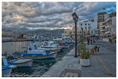Street Scene before Dusk (WS Foto) Tags: pigadia karpathos dodekanes greece griechenland griechischeinseln greekislands europe eu street strasenszene streetscene hafen meer abend abenddämmerung dusk sky cloudy himmel wolkig