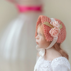 Little lady (hehaden) Tags: doll miniature porcelain janedavies artist handmade bonnet square lookingcloseonfriday headwear sel90m28g