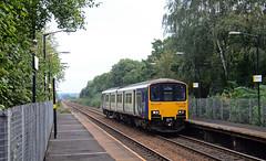 150102. (curly42) Tags: 150102 class150 1501 sprinter dmu unit transport railway northern halewoodrailwaystation