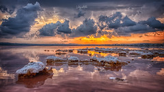 Salina Rosa en Torrevieja (:) vicky) Tags: salinas torrevieja nubes clouds spain sunset sol sun sal atardecer abigfave
