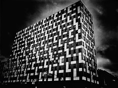 Picasso Inspired (World-viewer) Tags: mbpictures supershot super flickrtravelaward flickraward award concrete cubism cubes large skyscraper urban unusual explore wander perspective art artistic artsy cityscape street iphone8plus plus iphone8 iphone nationalgeographic beautiful pretty nice interesting skyline pattern inspired picasso travel ngc dramatic drama monochrome mono bw blackandwhite building architecture