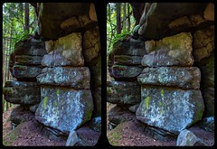 Too white 3-D / CrossView / Stereoscopy (Stereotron) Tags: geologie sandstein sachsen saxonswitzerland saxony sandstone geology mountains nationalpark sächsischeschweiz cross eye view xview crosseye pair free beobachtung sidebyside sbs kreuzblick bildpaar canon eos 550d observation chacha singlelens kitlens 1855mm tonemapping hdr hdri raw 100v10f