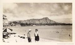 Beachfront Buildings Waikiki 1930s (Kamaaina56) Tags: 1930s waikiki hawaii deans realphoto