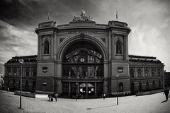 as far as we go (Dirty Thumper) Tags: old city travel building station train vintage md focus hungary minolta sony budapest wide railway panoramic mc mf 24mm manual magyar legacy sr keleti magyarország rokkor mirrorless wrokkor sonyphotographing street travellers
