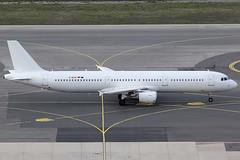 Eurowings Airbus 321-211 D-AEUC (c/n 3504) (Manfred Saitz) Tags: vienna airport schwechat vie loww flughafen wien eurowings airbus 321 a321 daeuc dreg