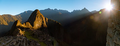 The long awaited ray of light. (Valter Patrial) Tags: machu picchu machupicchu cusco peru sunrise lights light
