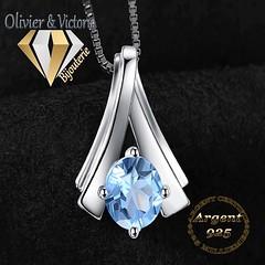 Pendentif pyramide topaze bleue en argent 925 (olivier_victoria) Tags: topaze argent 925 pendentif bleu ciel chaine triangle pyramide