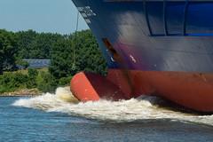 Bulb (robvanderwaal) Tags: elite 2019 robvanderwaalphotographycom maritiem water golf zeeschip bulb vessel ship bow wave maritime netherlands speed dynamics power river dordtsekil shipping rope