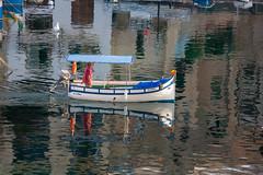 Malta - Spinola Bay (Peter Meade) Tags: petermeade pjmeade malta gozo camino travel travelling holiday mediterranean mediterraneansea timeoff landmarks islandlife spinolabad fishingvillage fishingboats picturesque pretty canoneos5dmarkiii