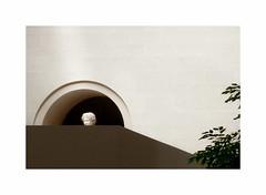 Antiquité (hélène chantemerle) Tags: géométrie antiquité tête grecque intérieur louvre head tree inside museum