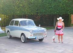 a lady with a dog and a car (mgheiss) Tags: auto car glas lady dame hund hut hat dog vintagecar oldtimer fujifilm x10 kamera schwetzingen