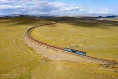 2TE116UM UBTZ, Bayan - Khairkhan (Mongolia) (Martin Válek) Tags: mongolsko mongolei transmongolianrailway ulaanbaatarrailway rail railway railroad train locomotive zug eisenbahn vlak železnice