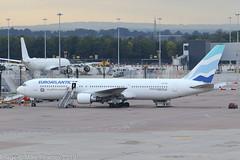 CS-TSV - 2003 build Boeing B767-34PER, being prepared for departure at Manchester (egcc) Tags: 33049 893 b2492 b763 b767 b767300 b76734per boeing cstsv egcc euroatlantic euroatlanticairways lightroom man mmz manchester ringway yu anytimeanywhere