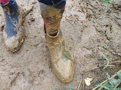 Rubber riding boots short in mud quarry (Felix Boots) Tags: gummistiefel rubber boots wellies gummistiefeletten reitstiefel rijlaarzen paardrijlaarzen sokken socks socken matsch mud modder blubber schlamm horse horseback flooding filling over tops